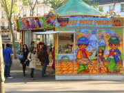 paris-street-stall-37-3
