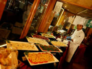 Dhaw Dubai Creek Night Cruise Menu and Chef