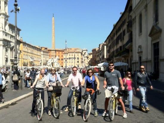 Rome-Bike-Tour-Colosseum (1)