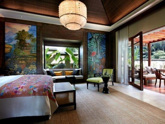 One-bedroom Riverfront Pool Villa_swimming pool