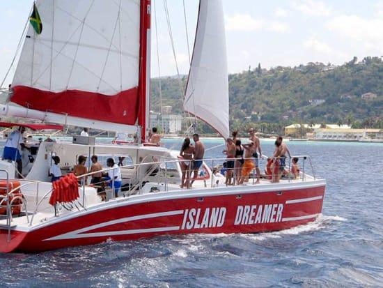 20160121161520_537378_5_catamaran_snorkeling