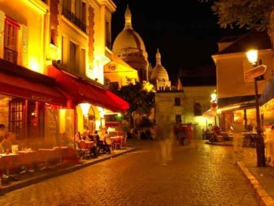 dim-06-montmartre-night
