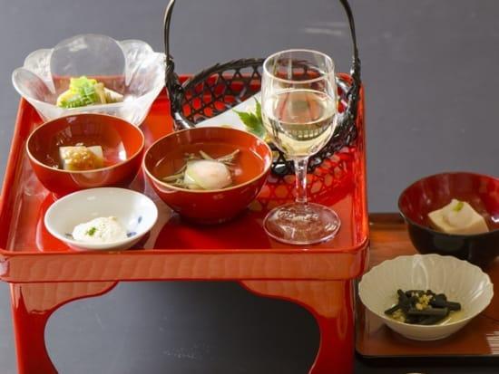 精進料理と白ワイン