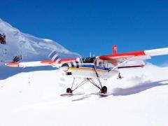Ski-Plane-take-off-from-Tasman-Glacier