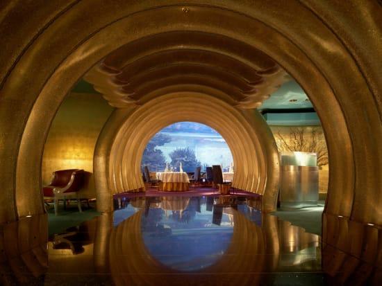 Burj_Al_Arab_-_Al_Mahara_Romantic_Dinner