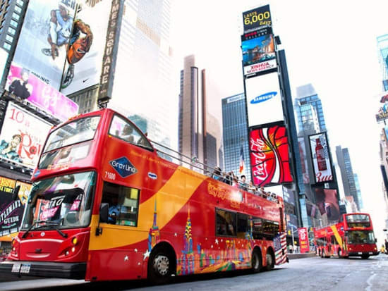 USA_new york_times square hop on hop off