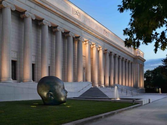 mfaboston-exterior-pillars-sculpture