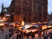 marche de Noel cathedrale vu d'en haut-15