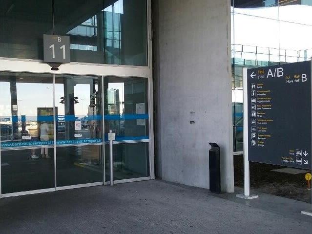 Bx aiport Hall B Gate 11