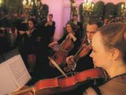 Schoenbrunn_Palace_orchestra