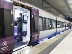 Heathrow Express, Train