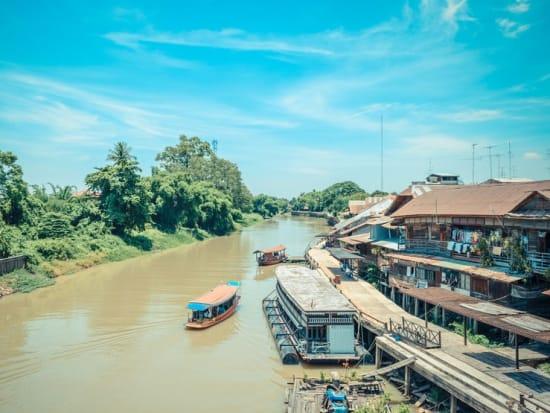 55553480_M _Sam Chuk Suphan Buri