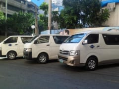 airconditioned vans for airport transfer service