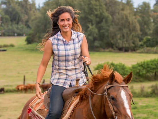 Hawaii_Oahu_Gunstock Ranch_Woman Rider