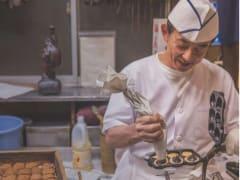 ningyoyaki making