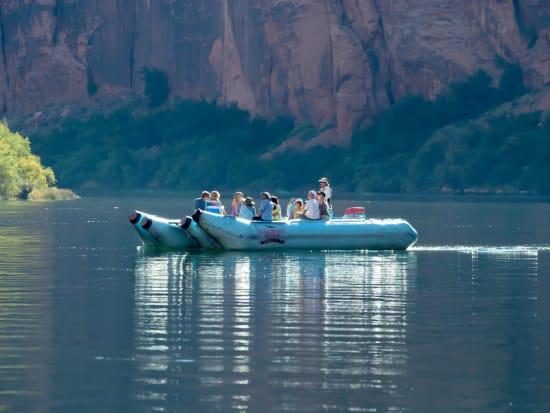 RS6163_Rafting-6-scr