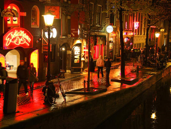 Amsterdam Red Light District Walking Tour With Red Lights Secret Museum Ticket Amsterdam Tours