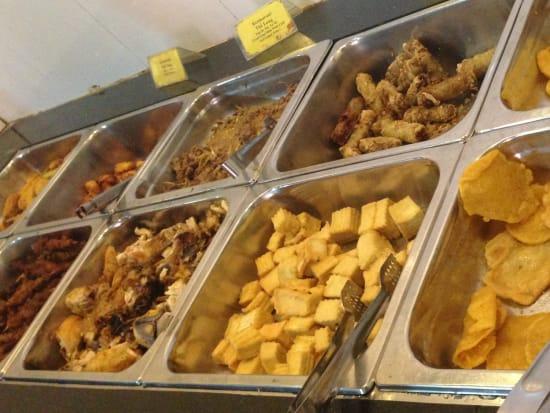 TNK&APTTRAVERLホアルータムコック昼食写真1