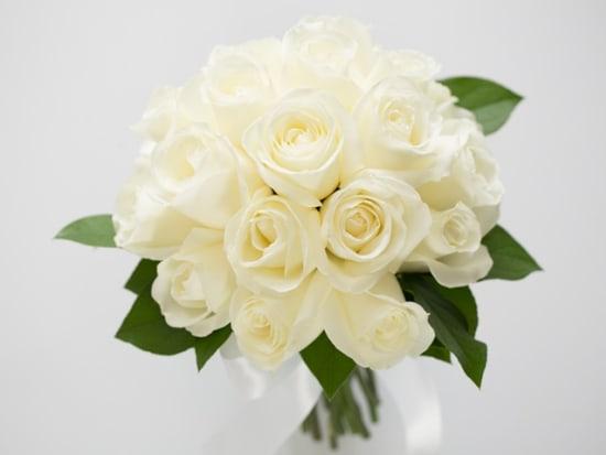 white_rose_clutch