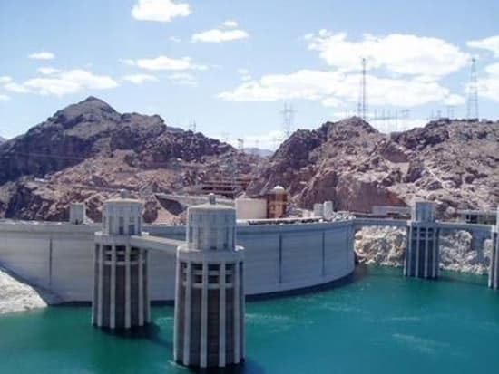 Hoover Dam Tours >> Hoover Dam Tour With Ethel M Chocolate Factory And Botanical Cactus