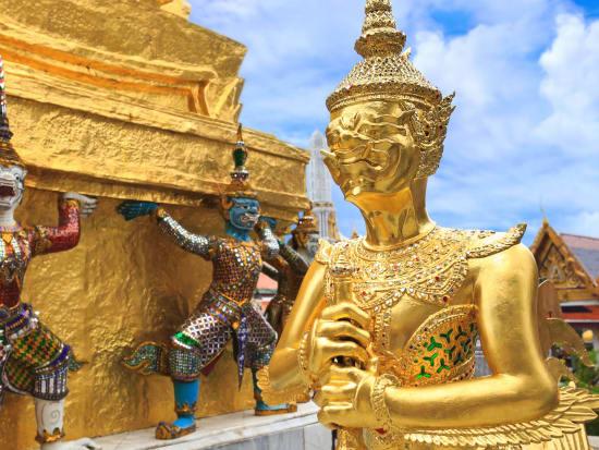 Bangkok Royal Grand Palace Private Half Day Tour with
