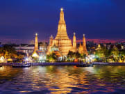 Wat Arun Temple at night