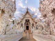 thailand_chiangrai_wat-rong-khun_ss_213700804