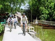 3534_Floating_Market_Cycling_Tou