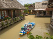Pattaya Floating Market_shutterstock_467991512