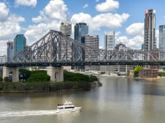 Story Bridge spanning the Brisbane River