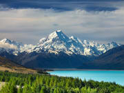 Mt Cook Pukaki lake_shutterstock_65046529