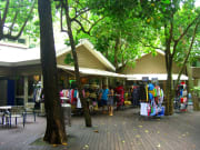 green islands souvenir shops