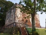 malacca day tour porta de santiago a famosa