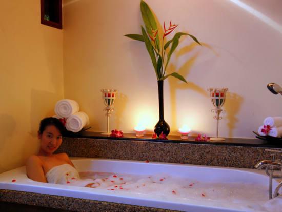 cana03(Aromatherapy massage)