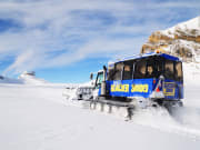 ktg321_Snow_Bus_600x400
