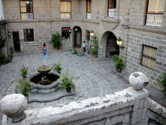 Intramuros Casa Manila courtyard with fountain