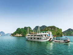 Ha Long Bay Overnight Cruise  (2)