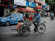 Hanoi City Tour by Rickshaw with Market Visit and Cooking Class (5)