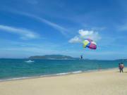 nha-trang-beach-skydiving-threeland-travel