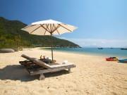 nha-trang-beach-threeland-travel
