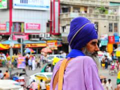 A Sikh devotee