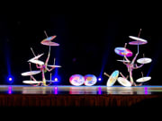 Chinese_Acrobats_and_Shanghai (5)