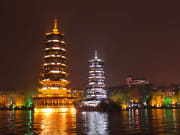 Evening_River_Cruise_in_Guilin (1)