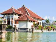 Karangasem water temple palace _shutterstock (3)