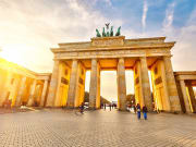 Brandenburg Gate in Pariser Platz  (3)