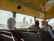 London_City_Tour_by_Vintage_Open_Top_Bus_with_Buckingham_Palace (8)