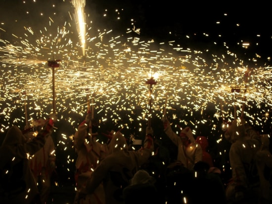 Correfoc Fire Running Festival Small Group Tour from Barcelona (3)
