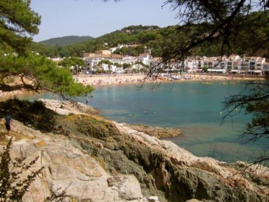 Living-it-Catalunya-fishing-villages-588x327