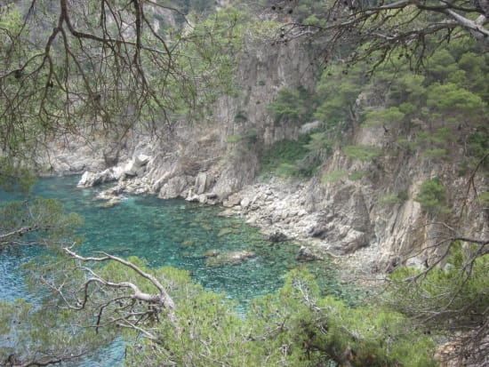 Hidden Bays of Costa Brava and Medieval Villages (3)