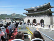 Korea_Gyeongbokgung Palace_seoul open top bus